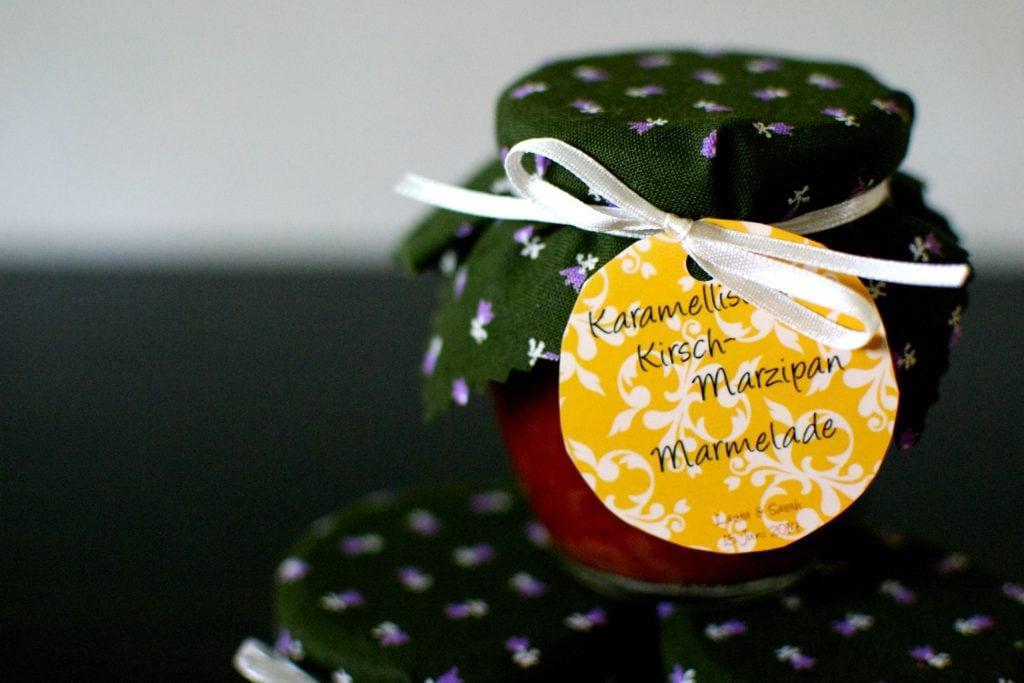 leckere Kirschmarmelade mit Marzipan