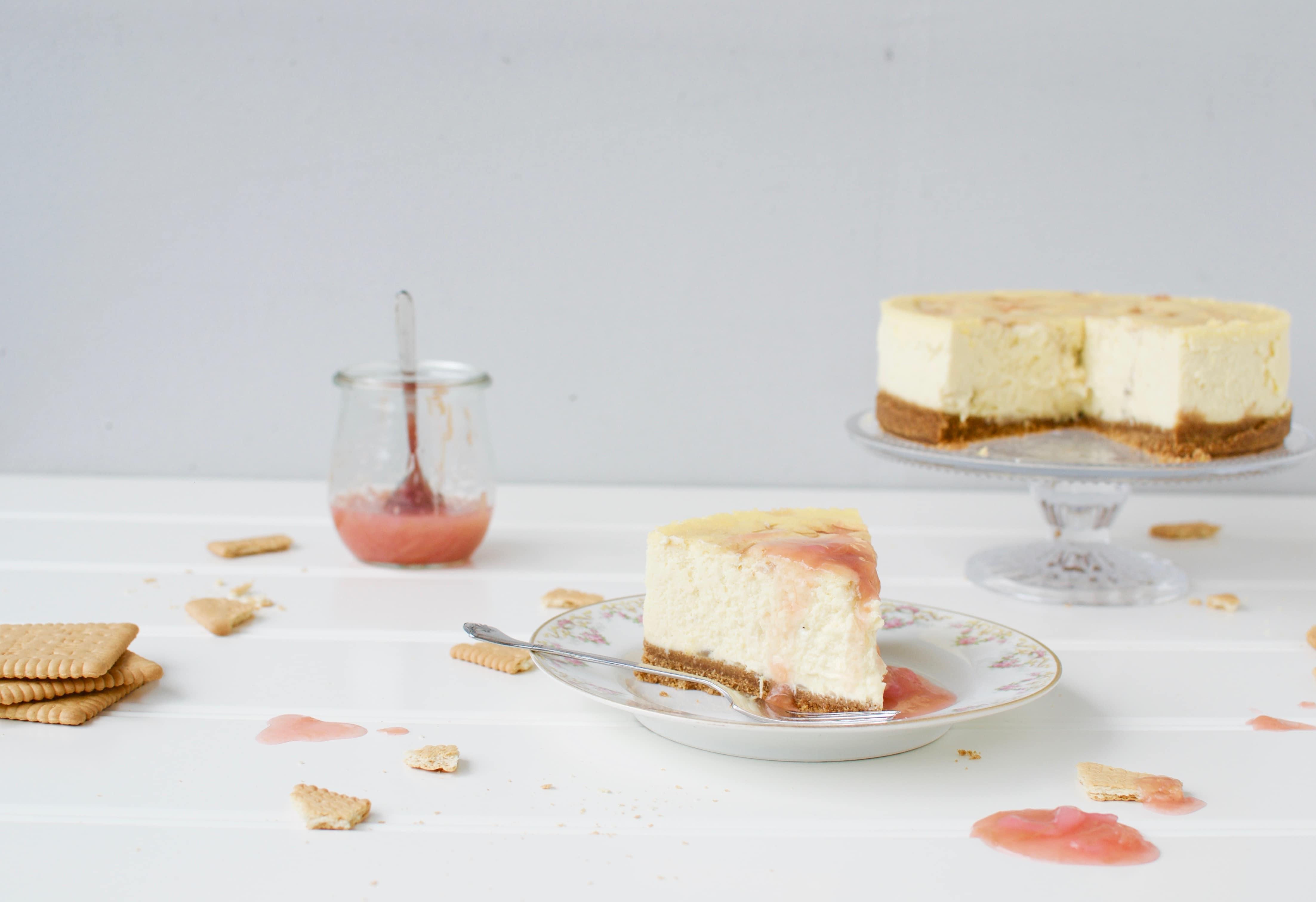 Baked Rhubarb Cheesecake