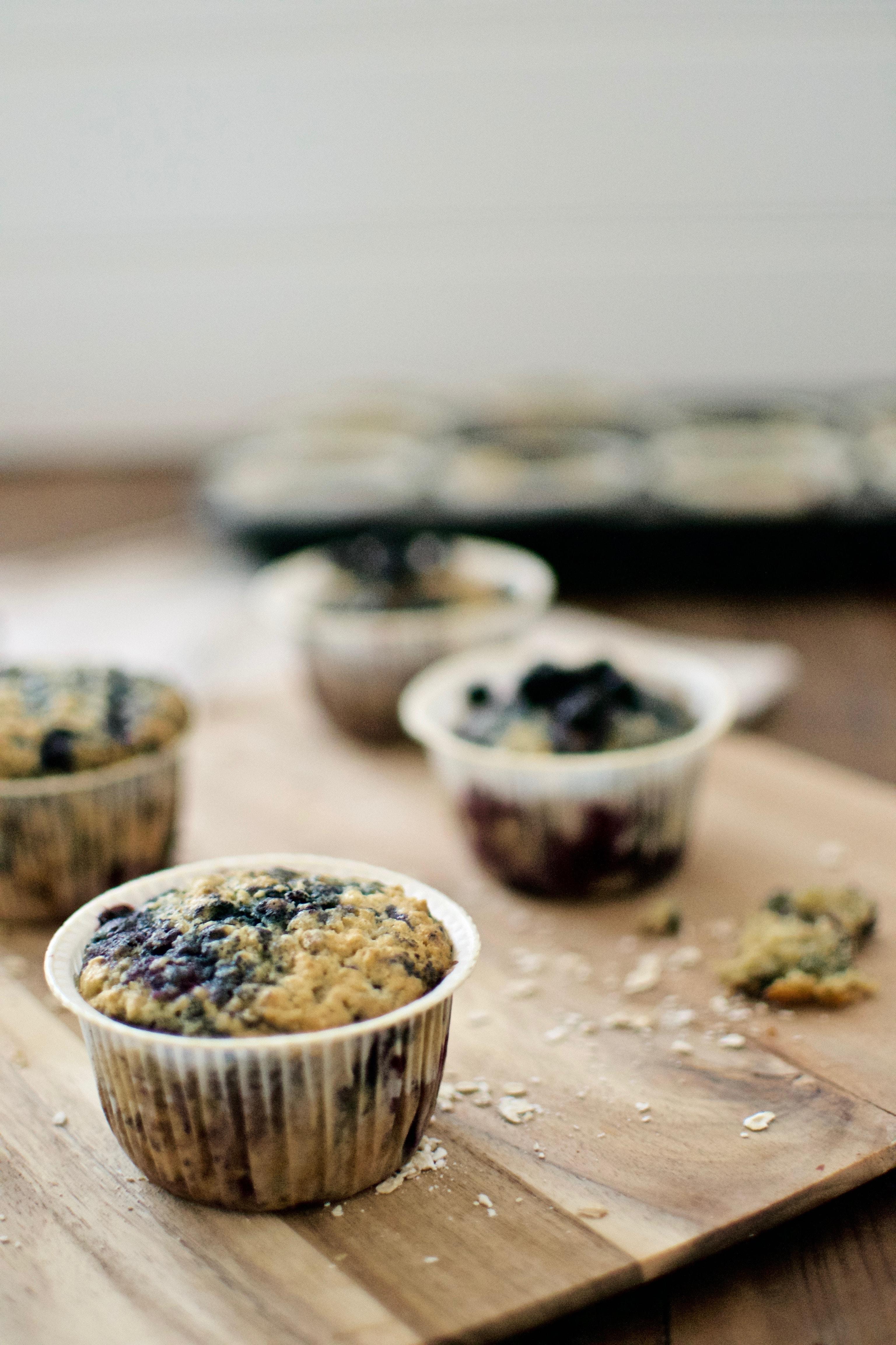 Muffins mit Heidelbeeren und Haferflocken