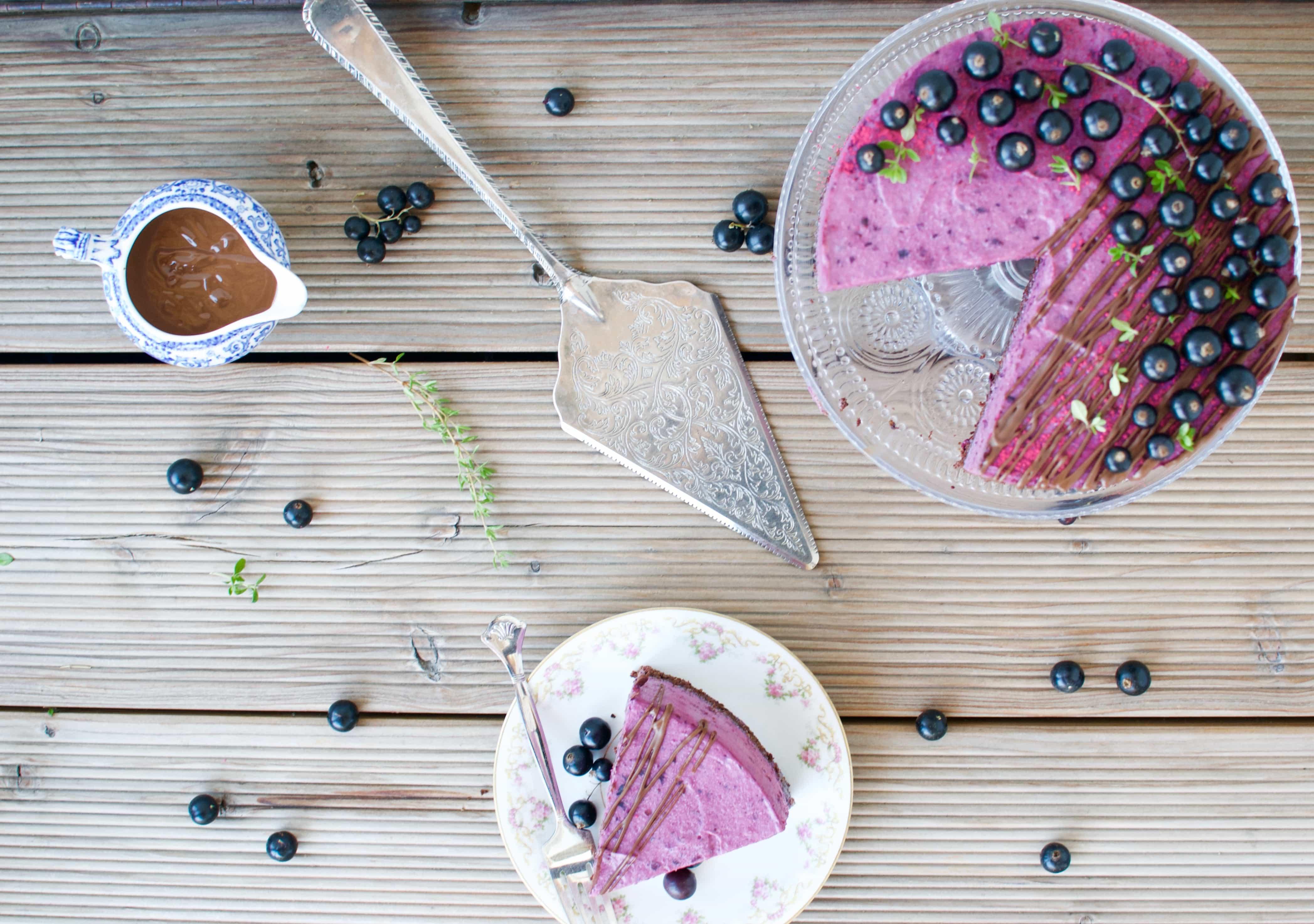 Schwarze Johannisbeeren Thymian Torte Laura Dreams Of Cakes