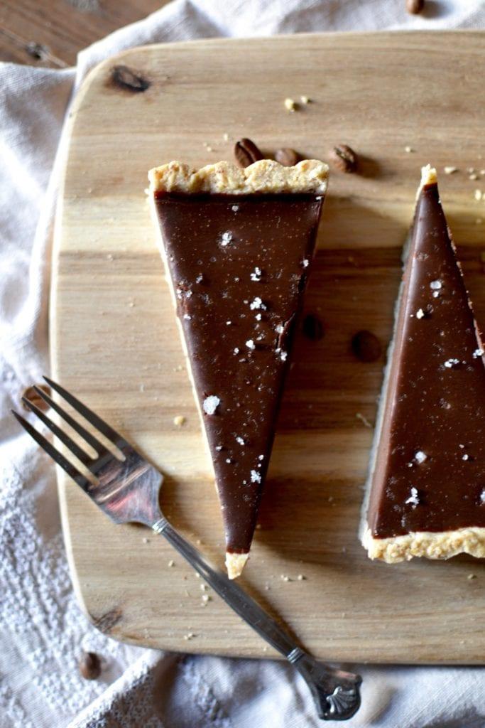 Schokoladiges für Kaffeejunkies: Schoko Espresso Tarte mit Fleur de Sel