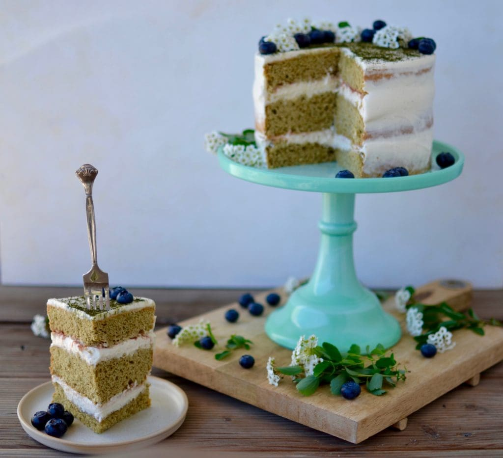 Matcha Torte mit weißer Schokolade