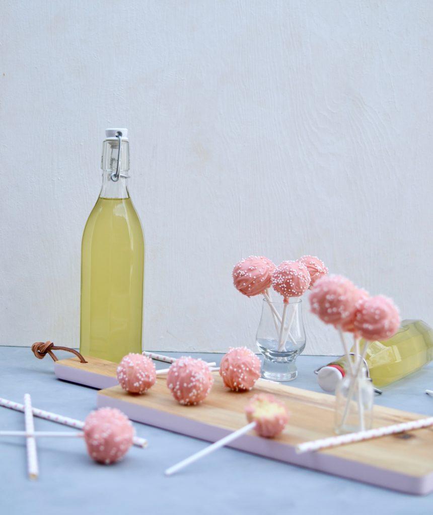 Holunderblüten Cake Pops