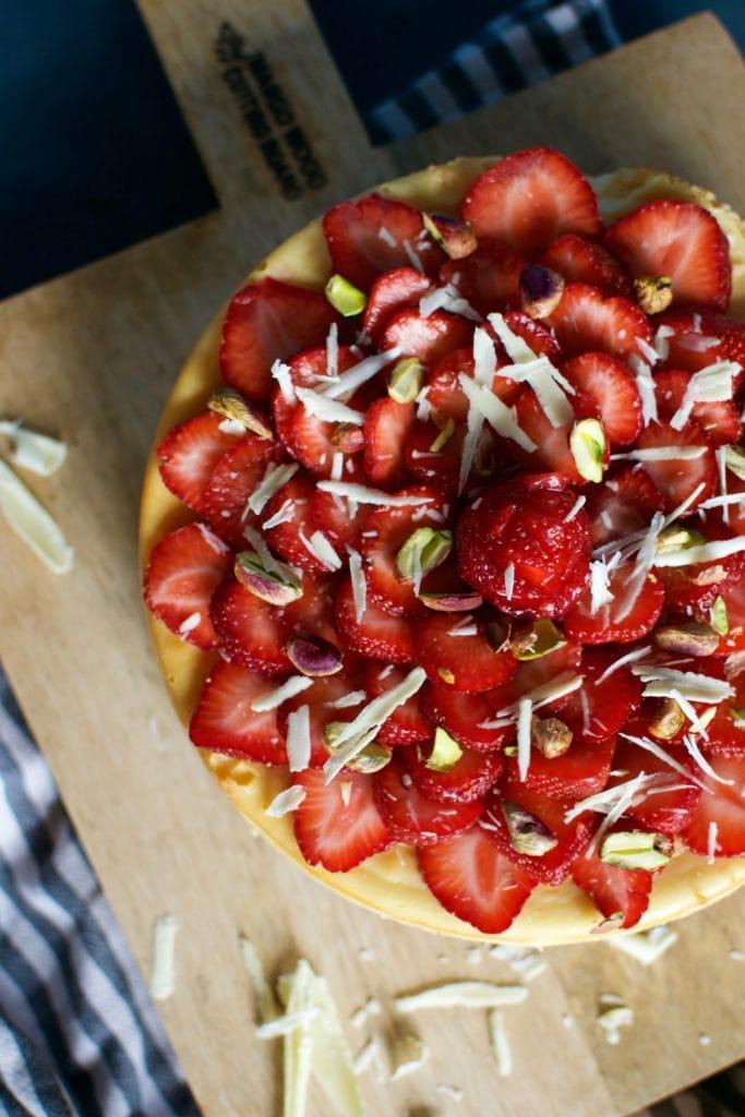 White Chocolate Cheesecake mit Erdbeeren