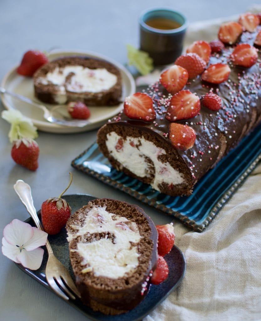 Schoko Erdbeer Roulade